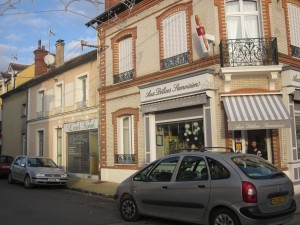 "Here's the Samois boulangerie where I go for fresh baguettes and delectable pastries. You'd be hard-pressed to find a French town without one ... people need their ""daily bread!"""